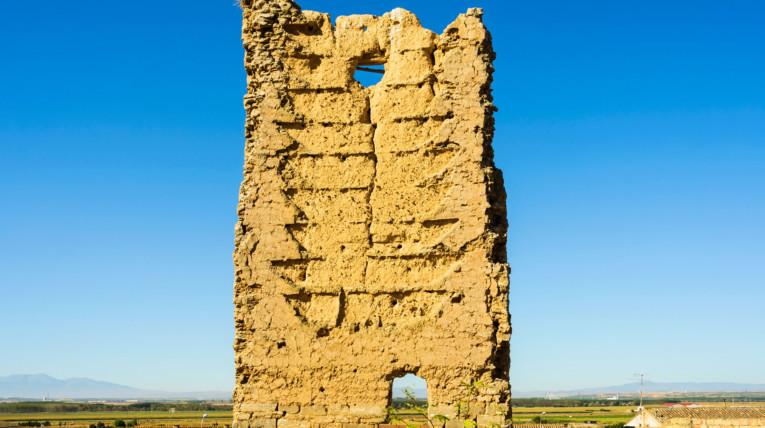 La torraza es un monumento d ela época medieval y musulmana de Navarra reconquista de la península por los reyes católicos desde Navarra
